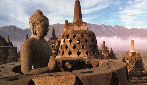 Buddha-Borobudur.jpg