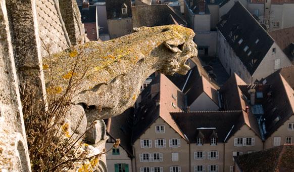 Chartres-Gargoyle-1280.jpg