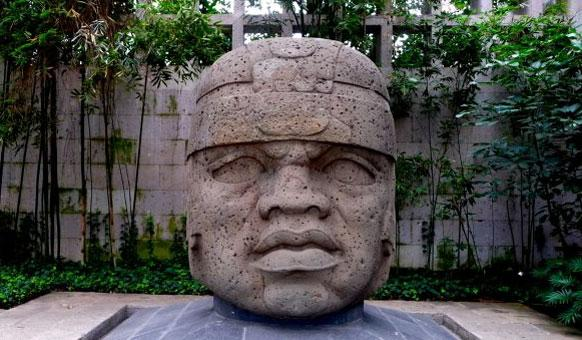 La civilisation olmèque - Mexique - Amérique centrale Olmec-Head